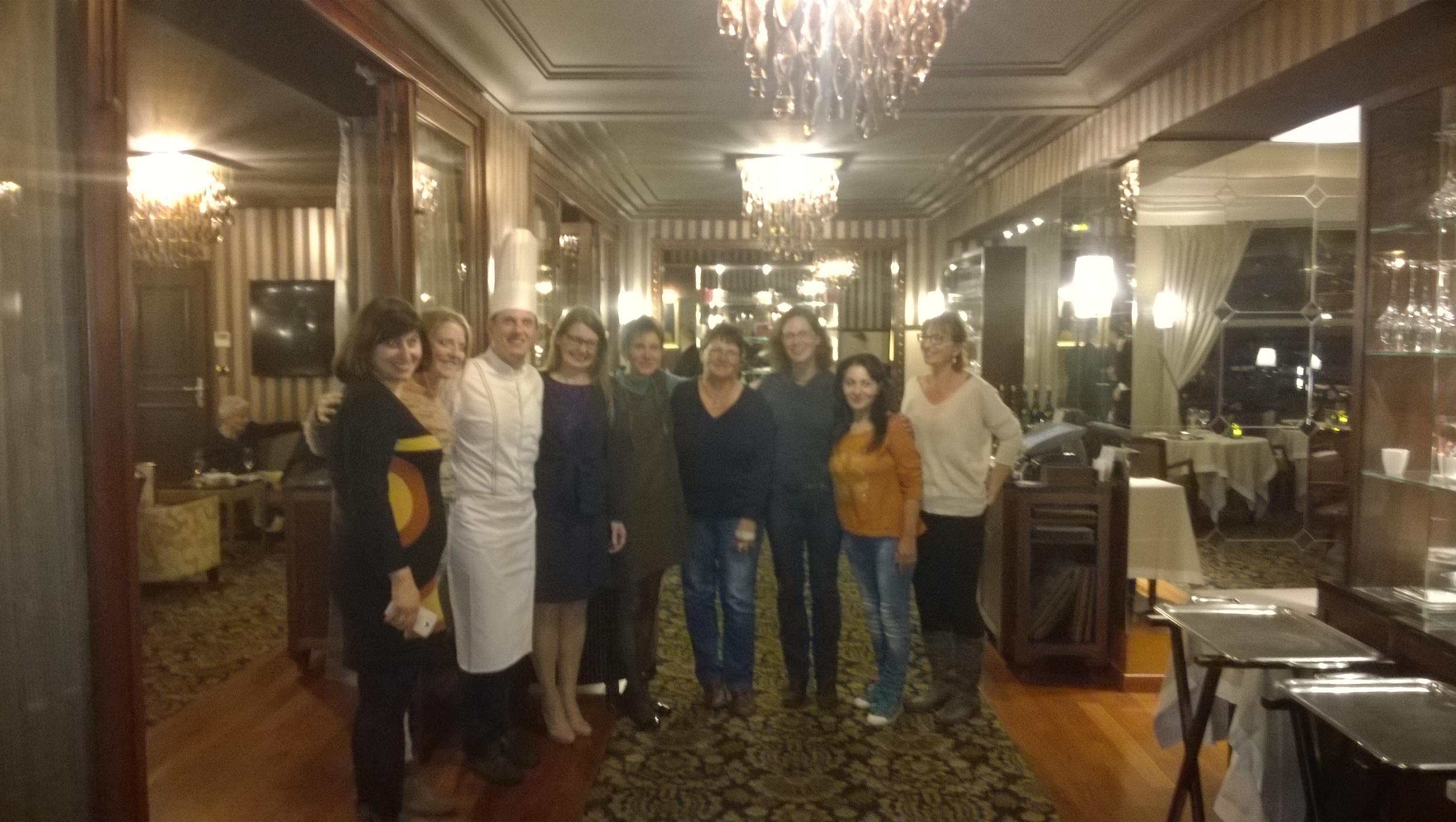 Véronique Droux et Eric Prowaslki accueillent l'ONG EWCF à l'hôtel