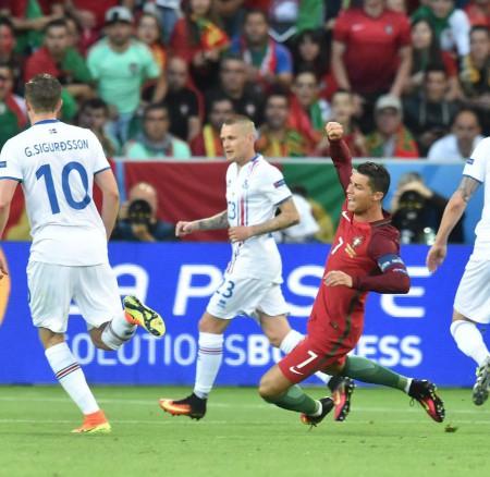 Euro 2016 : Interview de V. Droux sur Canal+