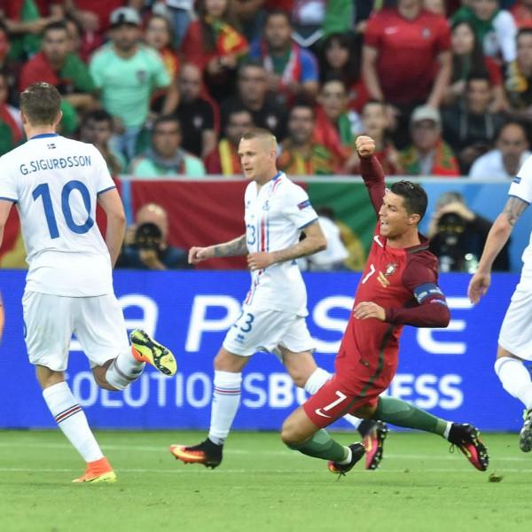 Euro 2016 : interview veronique droux au lendemain du nul 1-1 Islande Portugal