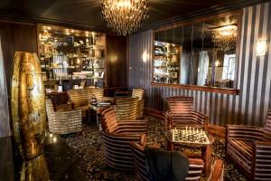Salon Club - Style Art Déco - Hôtel Les Trésoms Annecy