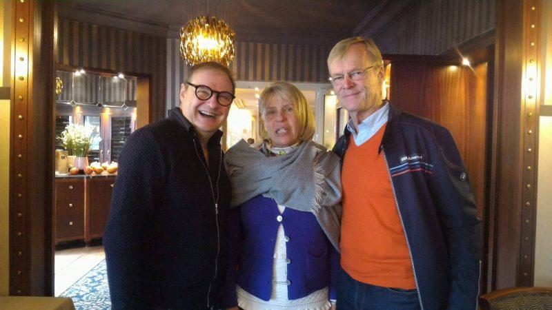Ari et Rita Vatanen, pilote rallye et Pascal Droux, directeur hôtel Les Trésoms Annecy